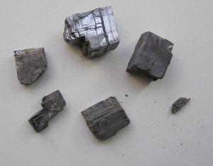 слабомагнитная руда