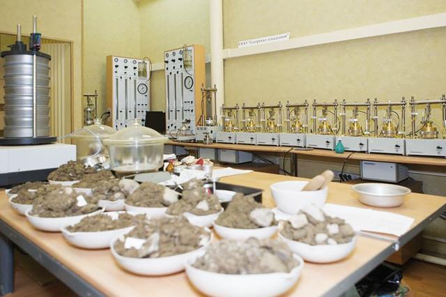 образцы в лаборатории
