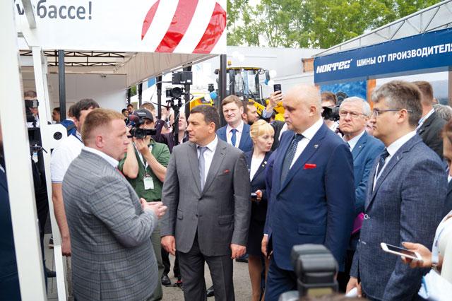 Губернатор Кузбасса Сергей Цивилёв на выставке Уголь России и Майнинг 2019