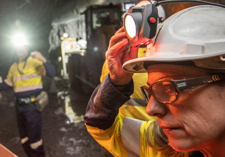 шахтерский фонарь Mineprox