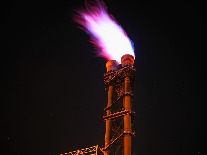 сжигание попутного газа