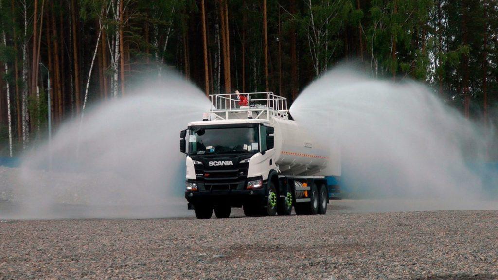 автоцистерна Scania