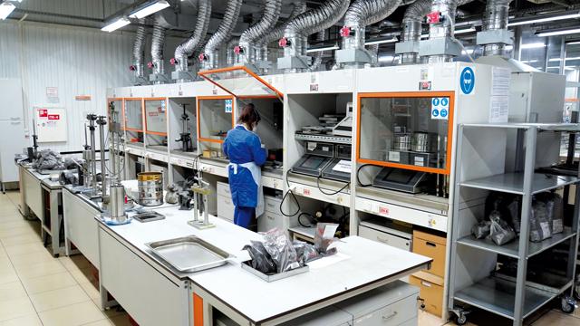Филиал «СЖС Восток Лимитед» в Новокузнецке, лабораторное исследование свойств угля