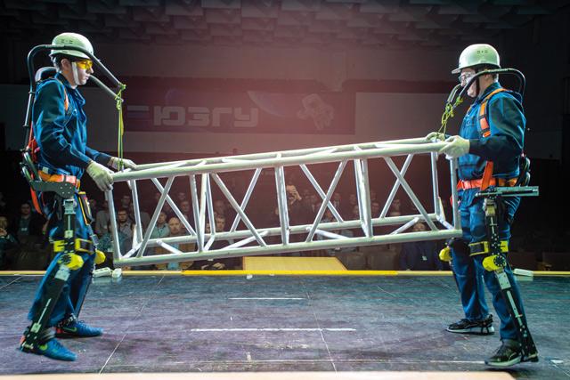 Экзоскелет, созданный в Цифровой лаборатории Норникеля