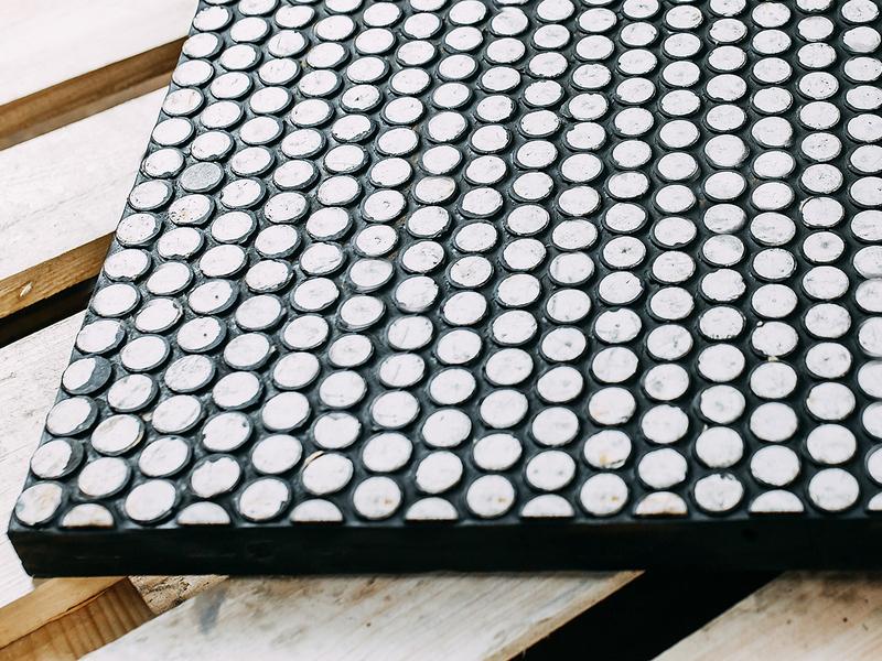 Резино/полиуретан-керамические плиты