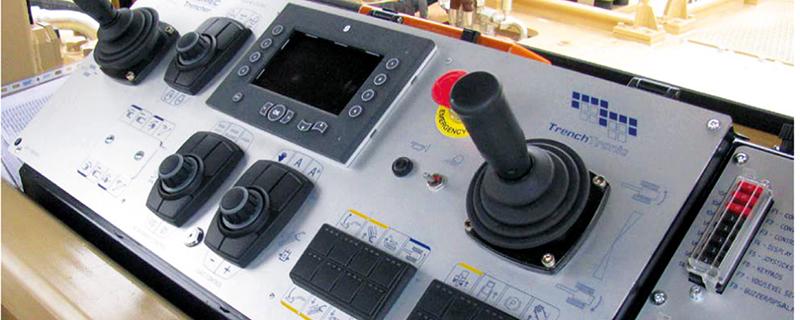Фото 5 – внутренняя панель управления TRENCHTRONIC 5.0