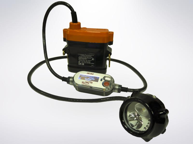 Рис.7 Модуль OCIM совместно с головным светильником со встроенным сигнализатором метана СМС-15 производ- ства ЗАО «ПО «Электроточприбор»