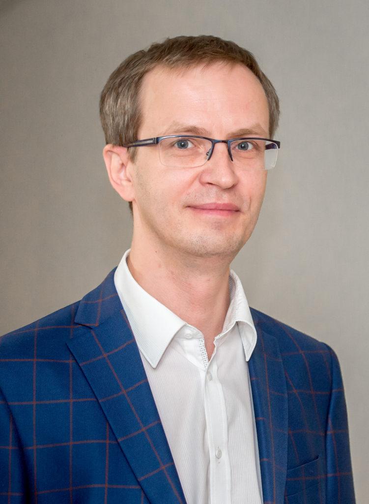 технический директор по направлению АСУ ТП, «КАДФЕМ Си-Ай-Эс» Олег Золотарёв