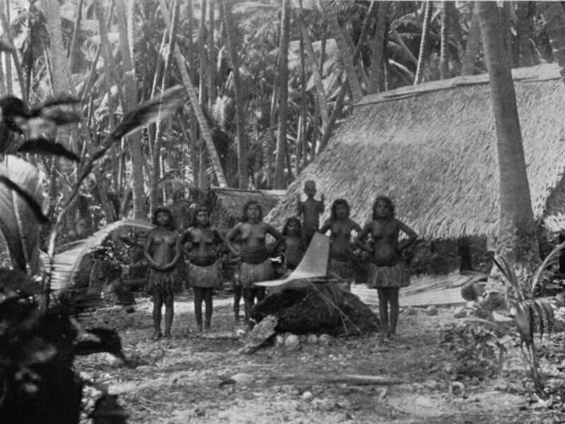 местные жители Науру