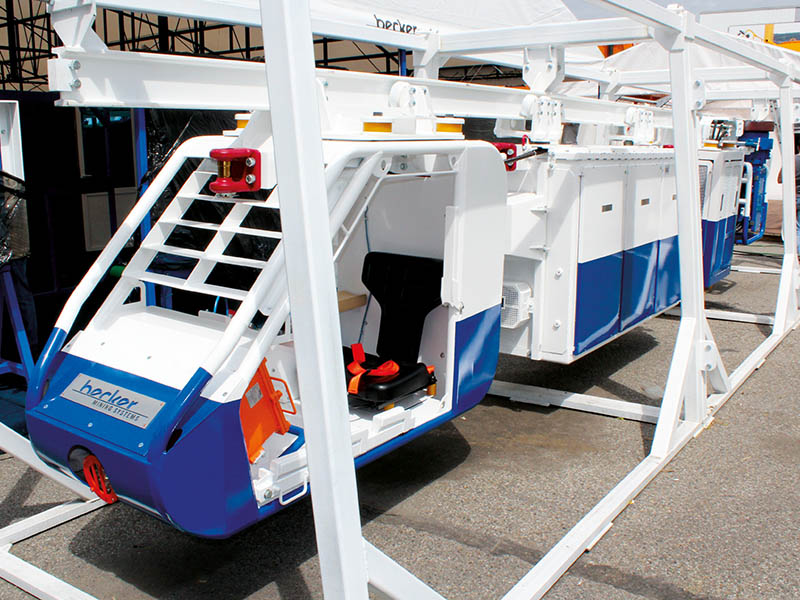 Аккумуляторный маневровый тягач Becker на выставке «Уголь России и Майнинг»