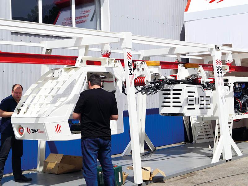 Монорельсовый тягач производства ЗИМ на выставке «Уголь России и Майнинг»
