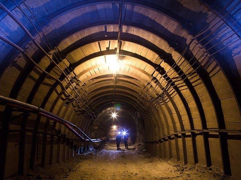 подземный рудник