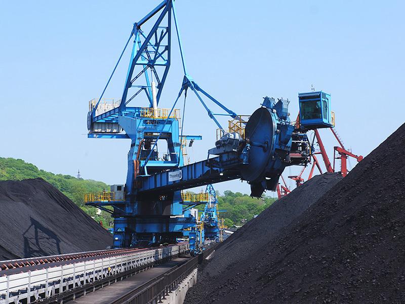 Приморские терминалы продолжают бороться с угольной пылью
